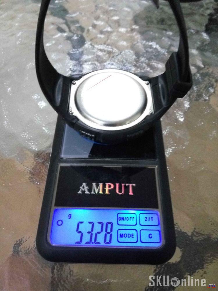 Весят часы около 53 грамм