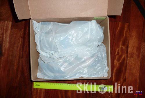 Кроссовки в упаковке