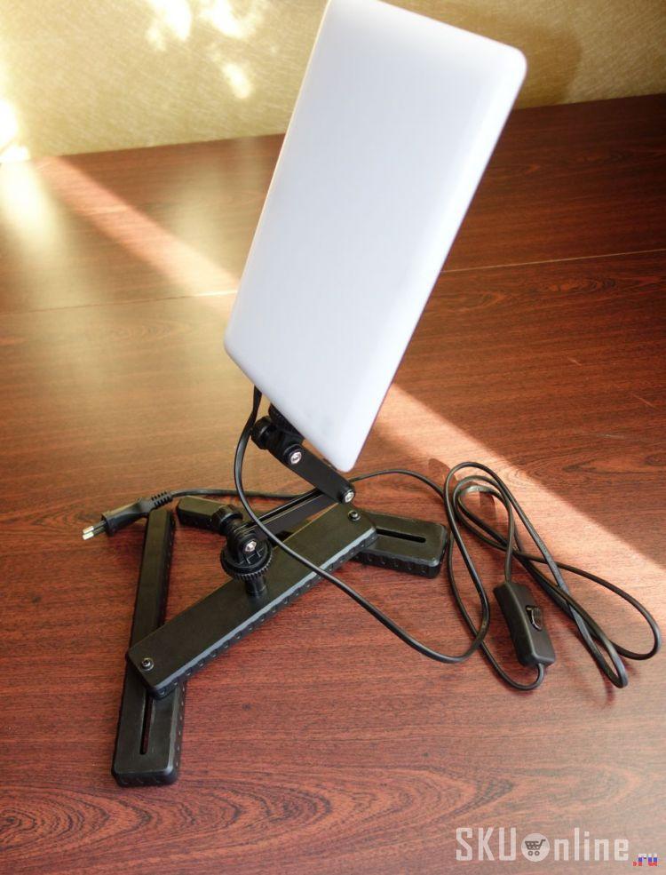 Лампа CN-T96 на согнутой ножке
