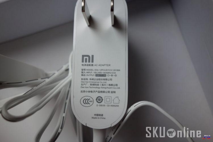 Блок питания Xiaomi WiFi Router 3. Еще фото