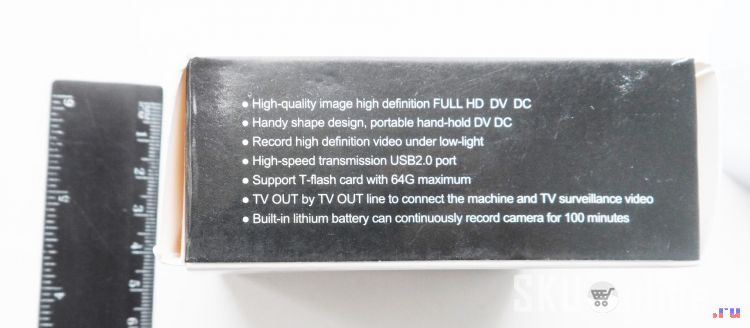 Вот в такой упаковке приходит камера SQ8 Mini